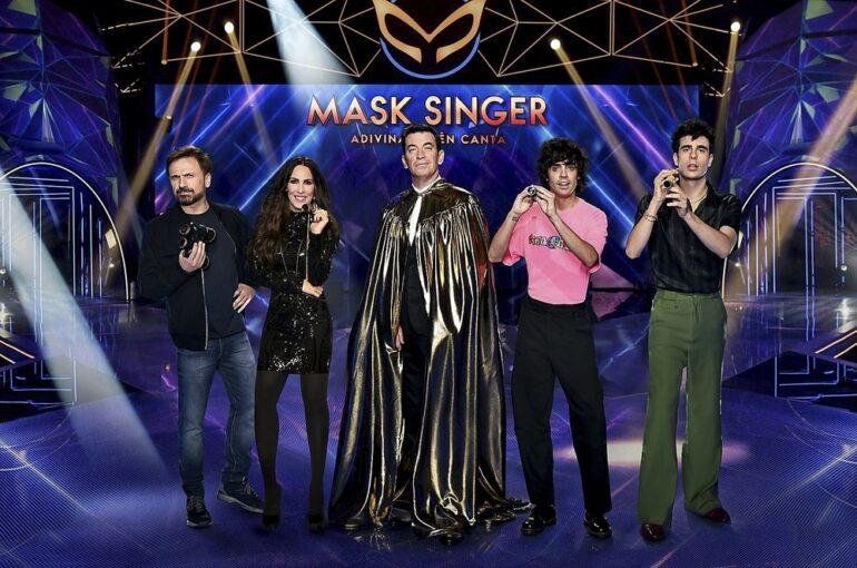 Mask singer_arturo_valls